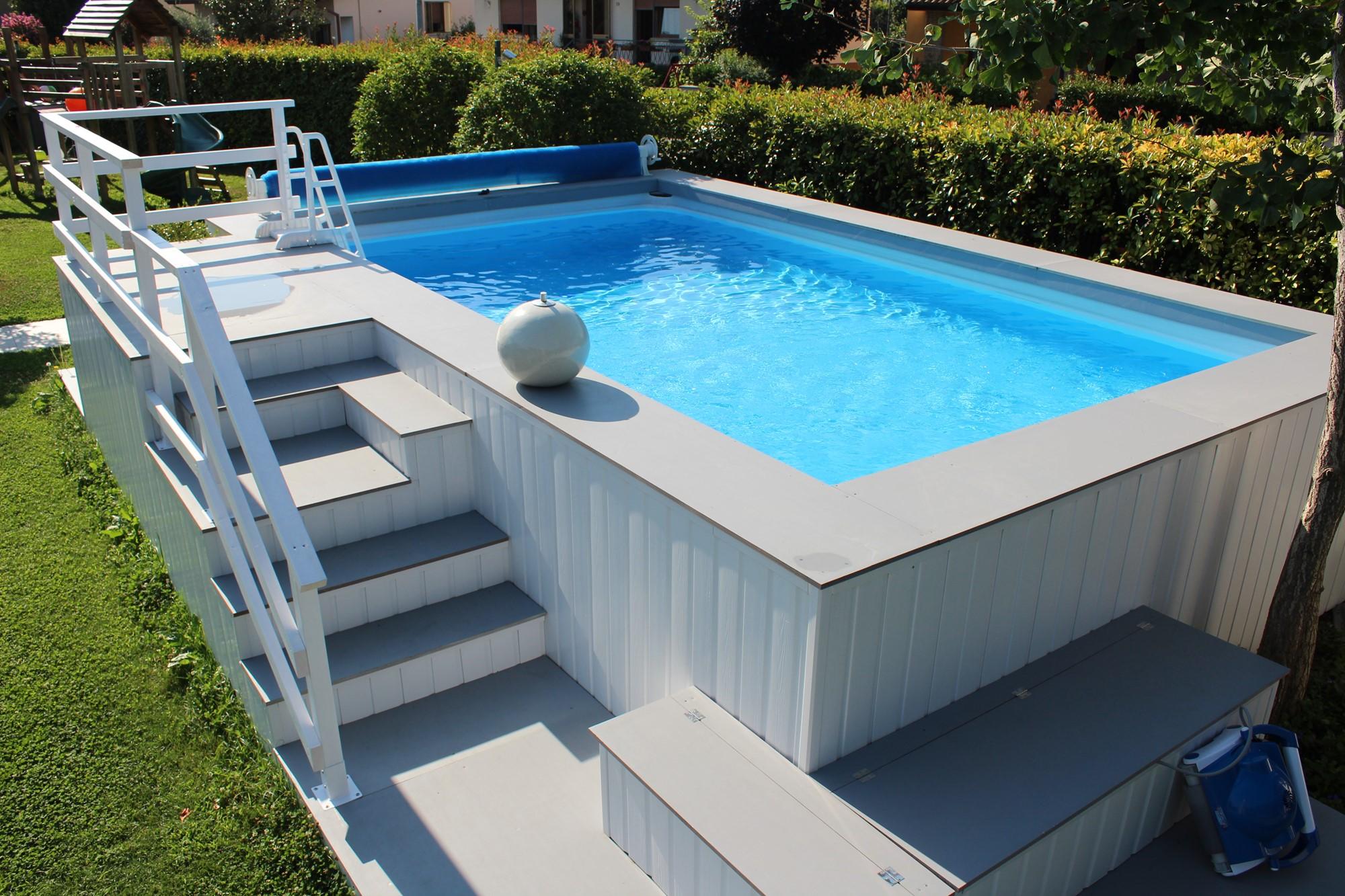 Le 48 pi belle piscine fuori terra rivestite piscine for Piscine fuori terra rivestite