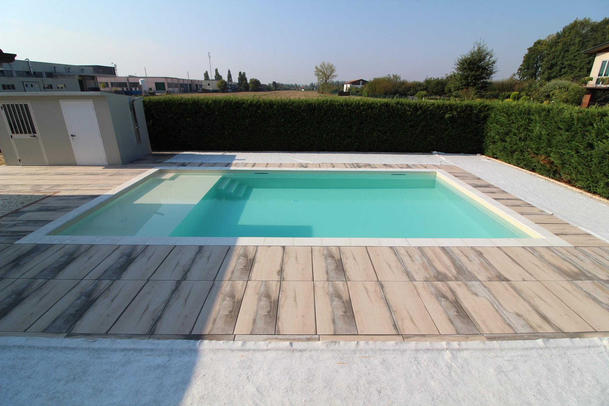 Ecco qualche idea per la tua futura piscina piscine for Casseri in polistirolo per piscine