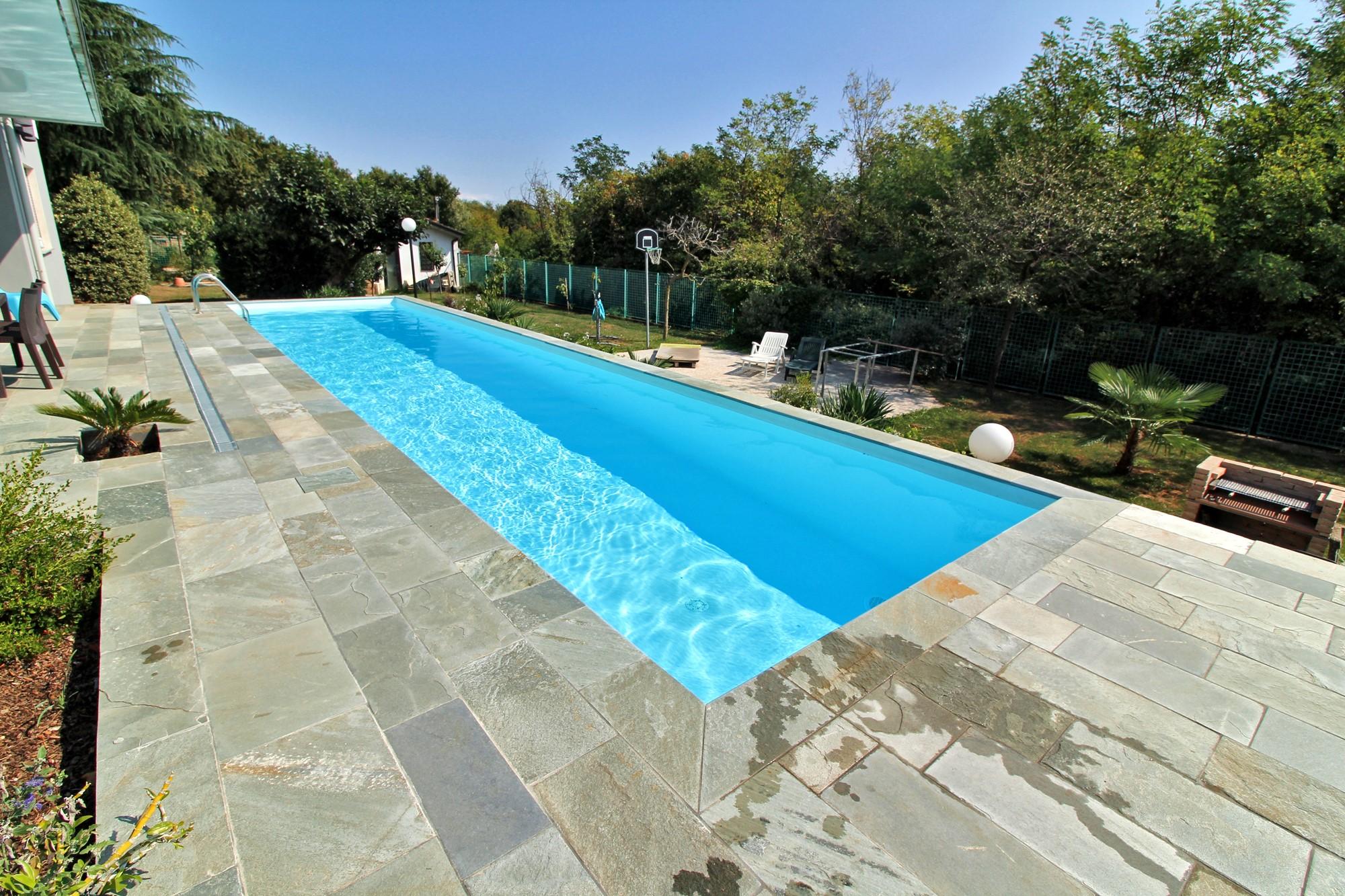 Qualche idea per la tua futura piscina interrata piscine - Polistirolo sotto la piscina fuori terra ...